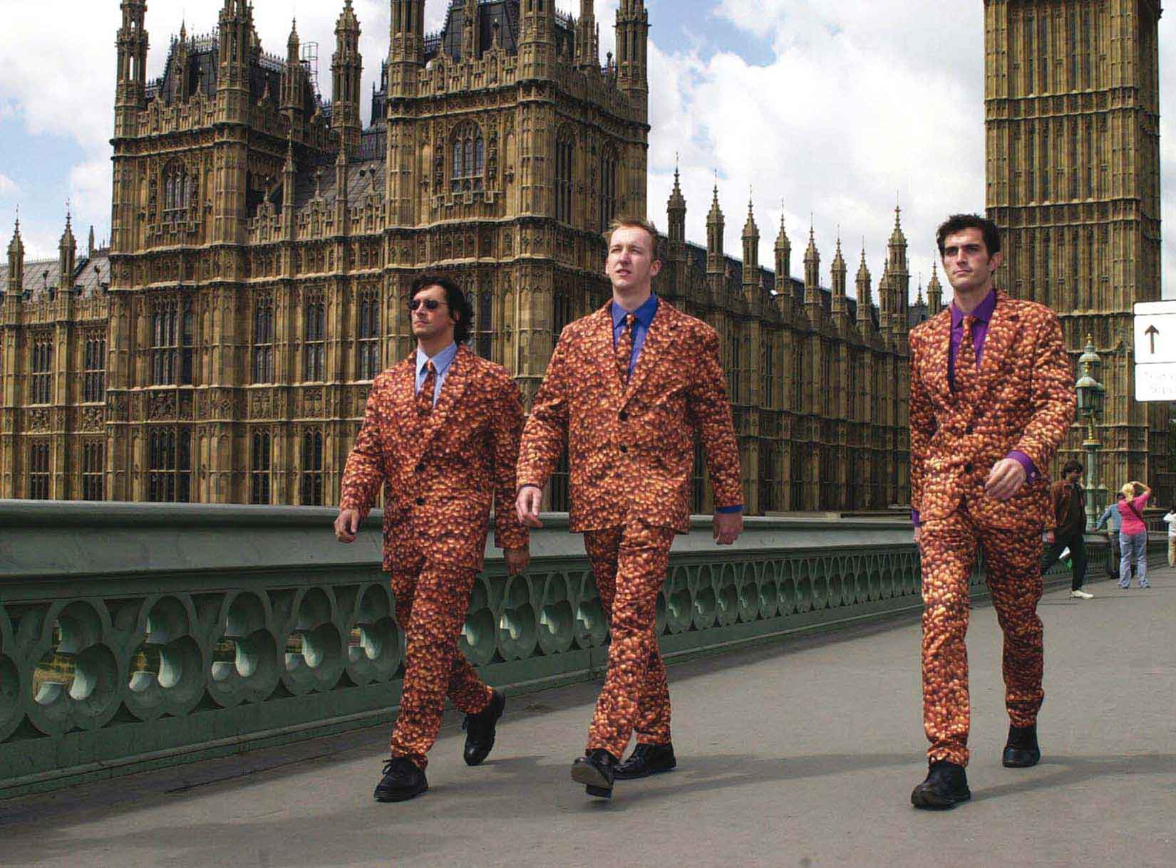 WMH-HOVIS-BEAN-SUITS-BIG-BEN-WEB image