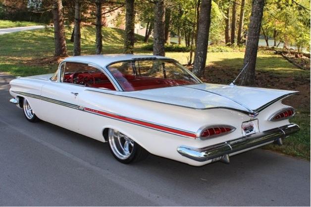 Chevrolet-Impaladeli-classic-Karaoke-Not-Serious-Marketing-Abba-Chris-Evans-WMH